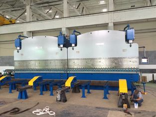 China Double linkage cnc hydraulic plate bending machine for light pole production line supplier
