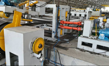 China Automatic Taper Cutting Machine , 12000mm Street light pole production line factory