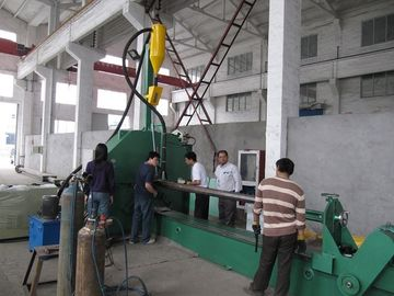 China 4 KW  AC 16 meters light pole shut-welding machine full automatic factory