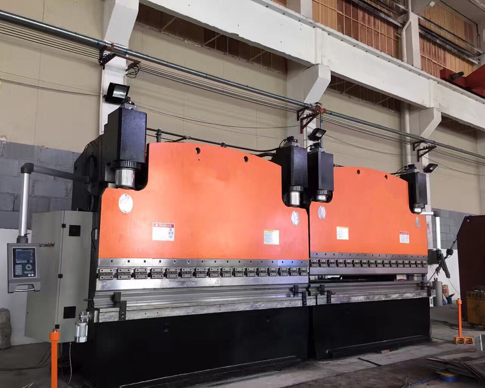 Mechanical Hydraulic CNC Tandem 200 Ton Press Brake Machinery for industrial 3200mm supplier