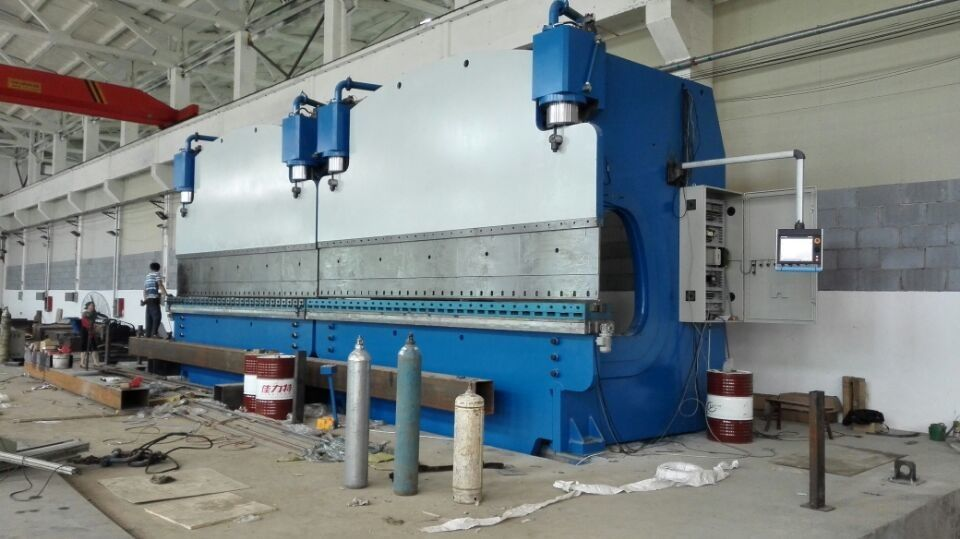 Large CNC Tandem Press Brake Machine For Bending Steel Plate