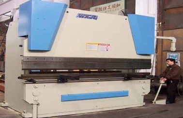 6mm V Groove CNC Hydraulic Press Brake Machinery for For Bending Steel Plates 160T / 3200mm